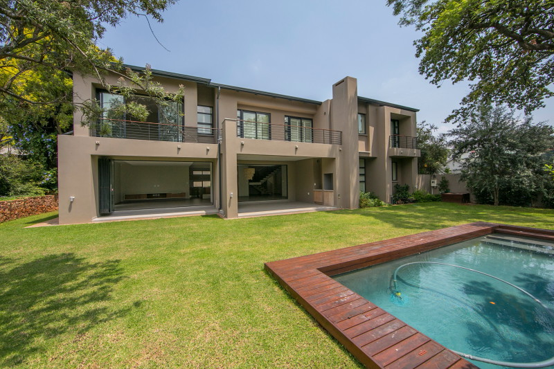 Modern Upmarket Cluster Development by Parks Properties in Parktown North Johannesburg